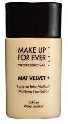 mat-velvet-matifying-foundation