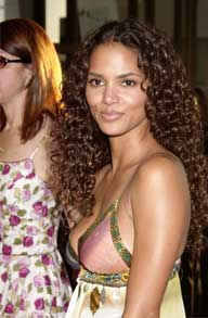 halle berry - http://www.femalefirst.co.uk/celebrity/39172004.htm