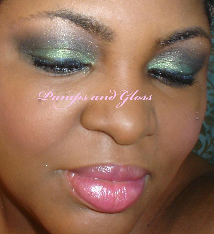 la-femme-sparkle-dust-in-emerald